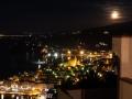 Vista di Porto Santo Stefano in notturna