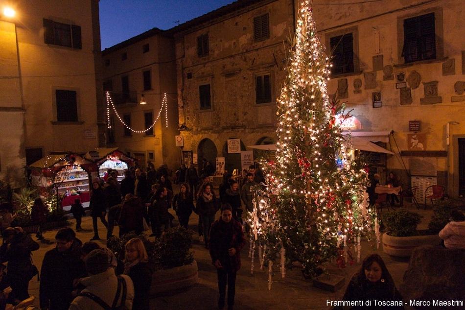 Mercatini di natale e presepi in toscana per le feste 2016 for Mercatini toscana